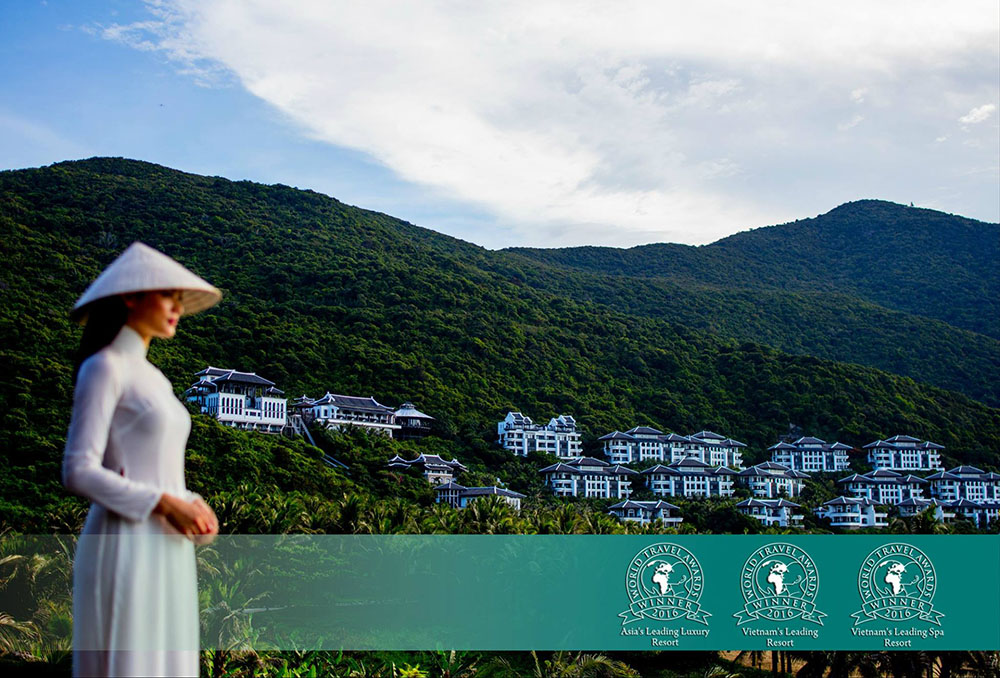intercontinental-2016-world-travel-award-sun-danang